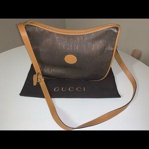 Authentic Gucci spellout shoulder tote handbag